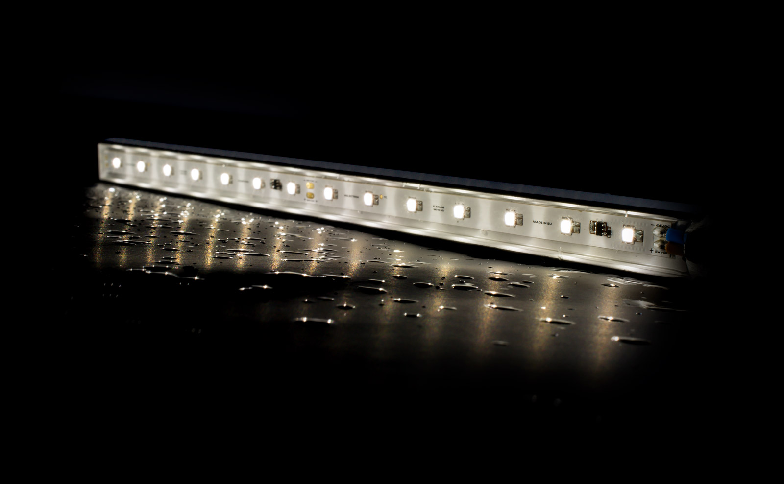 IP67 rated outdoor LED linear lights waterproof with NICHIA LEDs